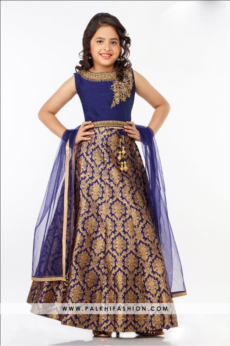 Palkhi Fashion exclusive blue designer lehenga with kundan work on blouse.Elegant silk weaving pattern.It comes with sleeve fabric & dupatta.